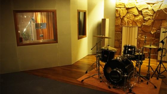 Live Room / Vocal Booth / Amp Booth - Acoustically treated for great sound!