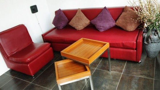 Relaxing Area - TV with DVD player and X-Box / WiFi Internet / Big Sofas / Kitchen / Self service coffee are available!